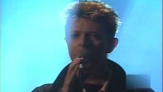 David Bowie   European MTV Awards 1995   The Man Who Sold The World Resimi