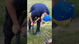 Opravujeme kolo!!!😂😂😂