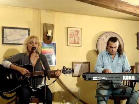 Maria Gheorghiu & Radu Gratianu - Priveste-mi ochii.MPG