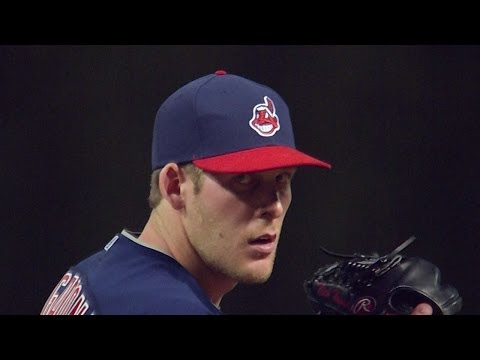 BOS@CLE: Hagadone fans three in relief
