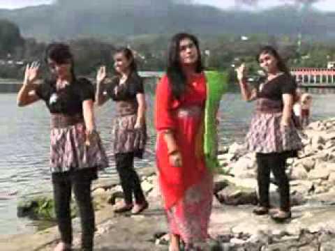 Devi Butar Butar - Pulo Samosir