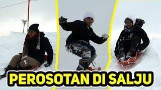 Download lagu MAIN PEROSOTAN DI SALJU KAYAK GINI JADINYA....
