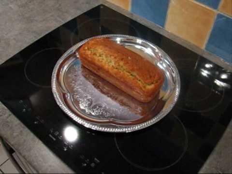 recette-du-cake-au-roquefort-et-olives-vertes