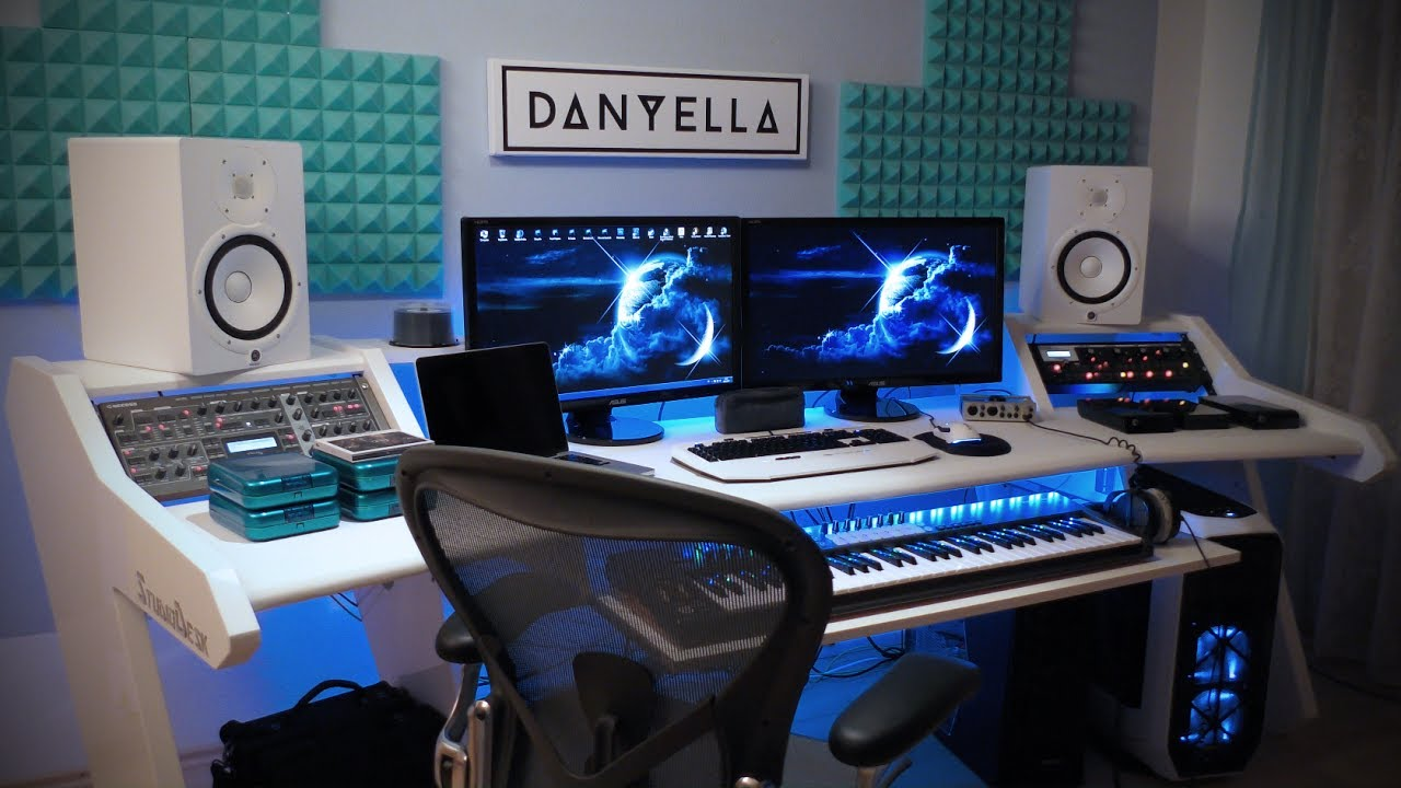 3d Shelf Wallpaper Danyella Building An Electronic Music Studio Studiodesk