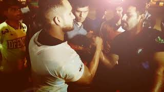 Video Shahbaz Armwrestling vs Sadik Pehelwan ARM WRESTLING bout download MP3, 3GP, MP4, WEBM, AVI, FLV Oktober 2017
