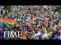 2017 NYC Pride Parade: March Along With The Crowd In Virtual Reality | 360 | TIME