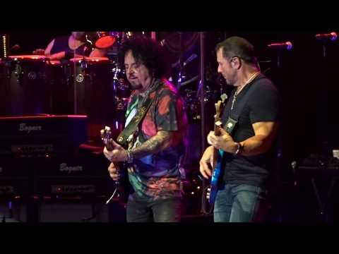 Toto in Concert - Jake to the Bone Live - 8/8/2018