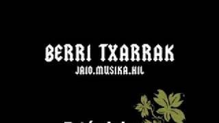 Berri Txarrak - Isiltzen Banaiz (subtitulos español)