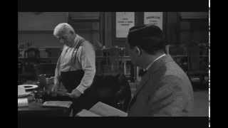 Spencer Tracy in Inherit the Wind - Ending