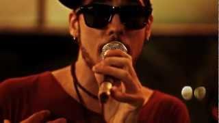 Maroon 5 - Sunday Morning (Bella Xu [Feat. DJ Gio Marx] Live Cover)