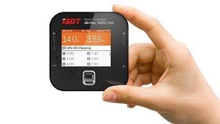 ISDT Q6 Plus 300W - маленькая, но очень мощная зарядка