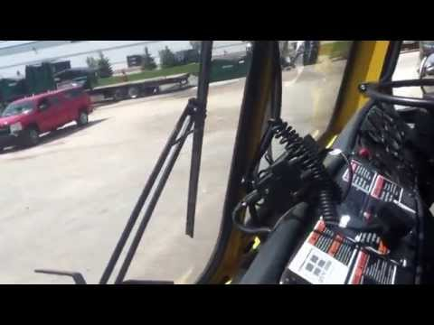 MILWAUKEE CRANE CARRIER/LABRIE Expert Dual Helping Hand AUTOMATED GARBAGE TRUCK