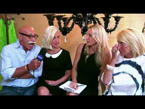 Yanna Darilis/Γιαννα Νταριλη  Interviews Lee Anderson