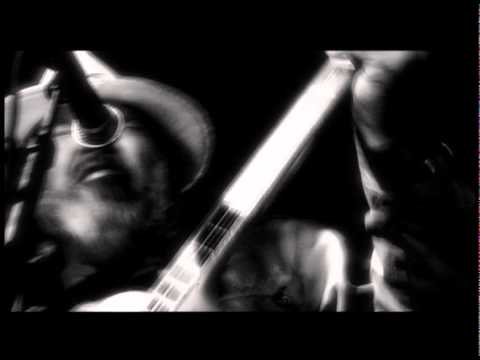 """Download NEIL YOUNG """"Le Noise"""" (TV Spot, new album 2010)"""