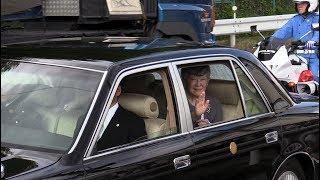 2019.6.12 京都市伏見区 上皇ご夫妻は12日、上皇さまの退位を報告する...
