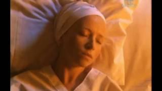 1.Święte Imię Jezus 2. Salve Mater Misericordiae ( St. Faustyna ) - MOCNI w DUCHU
