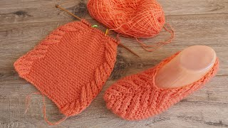 Коралловые кружевные следки спицами | Lace slippers knitting pattern