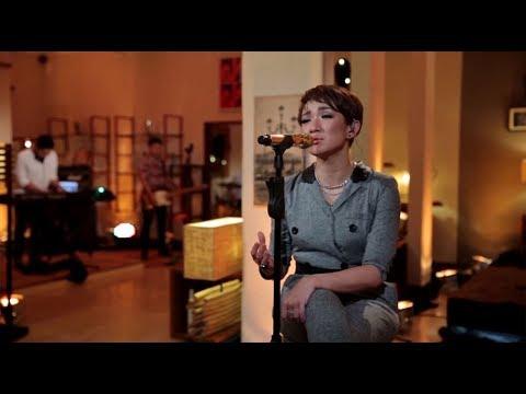 Melly Mono - Selingkuh Sekali Saja (She Cover) (Live At Music Everywhere) * *