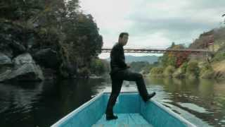 桜淵公園の紅葉と ろ船の漕ぎ方解説
