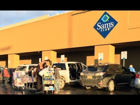 People wait for hours in line for Sam's Club closing down ...