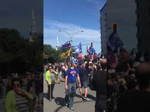 100000 people in Canada marched in support of President Donald Tr ...