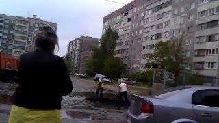 Как делают дороги в Курске - асфальт лопатами в лужу!!! Коротко и ясно