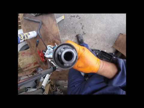 How To Pump The Clutch Of A Chrysler Dodge / Как прокачать сцепление Chrysler Dodge