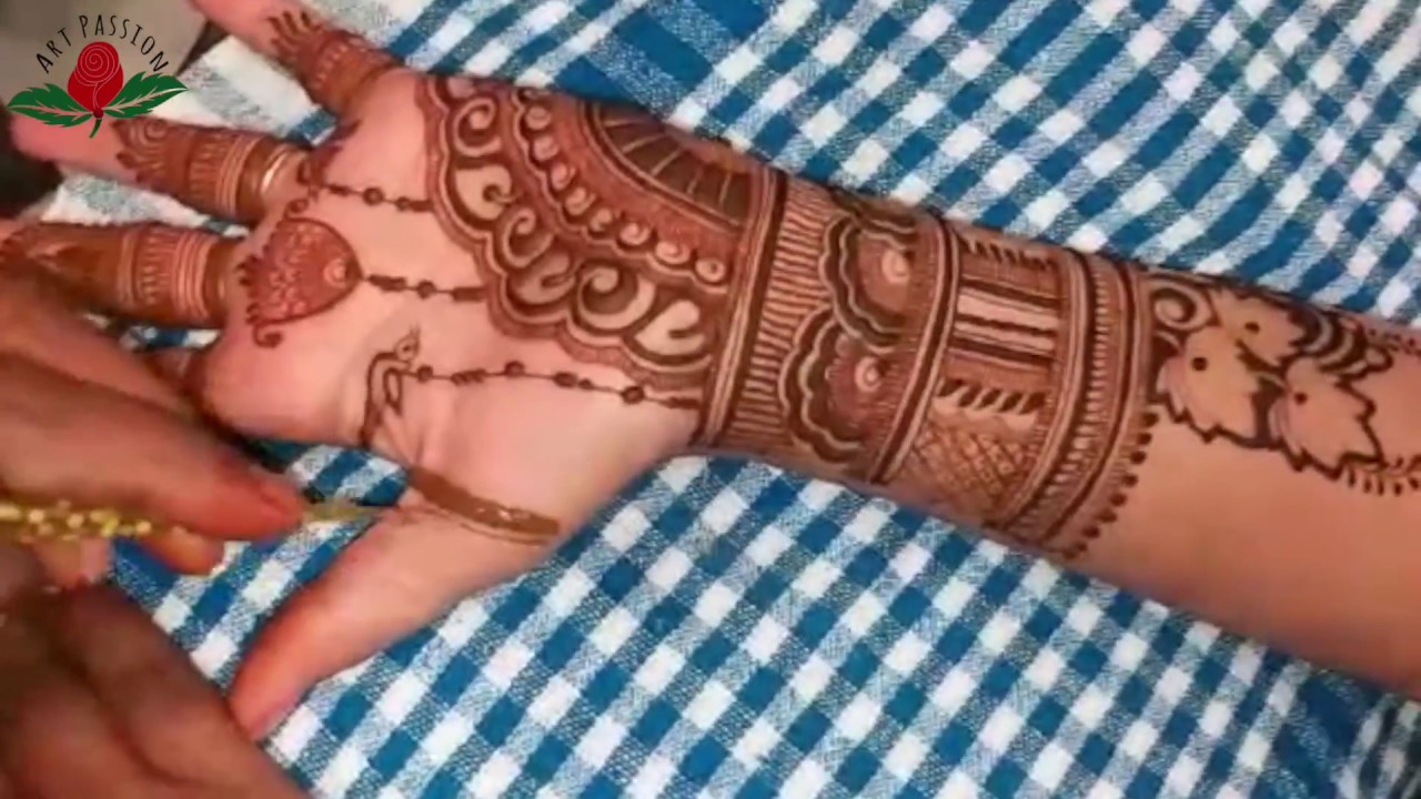 Party Mehndi Red Cone Ingredients : Latest jhumka and bird dangling mehndi design artist nikita