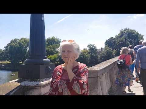 London, Richmond, Twickenham & Strawberry Hill (Part 1)