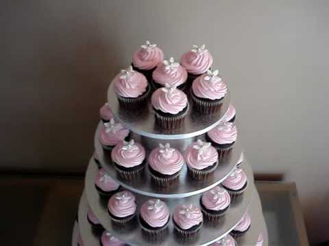 61-mini-choc-cupcakes-with-pink-frosting-4-kimmy