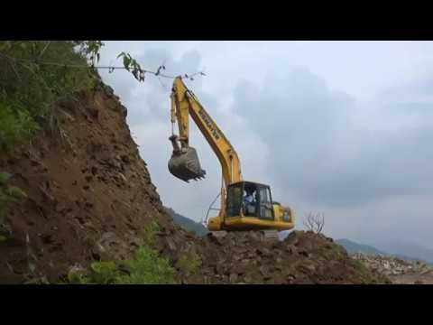 Komatsu Excavator Best Perform on Rocky Hill Of Himalaya.
