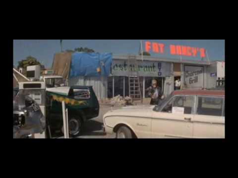 MaD MaX 1979 Intro Chase Scene