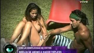Repeat youtube video GRAN HERMANO 2012 - NOELIA EN TOPPLES Y LAS CHICAS ENVIDIOSAS
