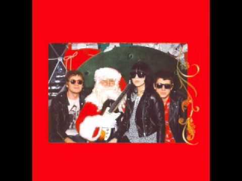 Crocodiles & Dum Dum Girls - Merry Christmas Baby (Please Don't Die)