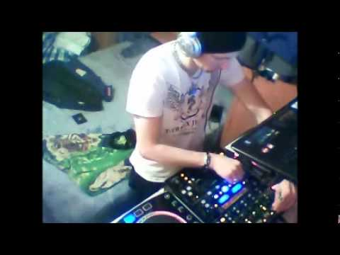 Tech-House Live Mix Dj.Sasha J (ClubNBAR.Paris)  # 00