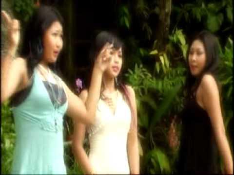 Trio Maniez - Tua-Tua Keladi Mp3