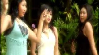 Trio Maniez - Tua-Tua Keladi