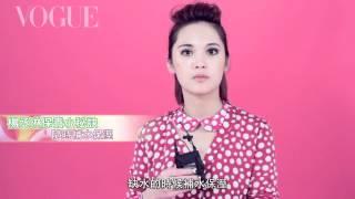 網友最愛主題推薦:女星分享彩妝密技&化妝包裡的秘密▻ http://bit.ly/2...