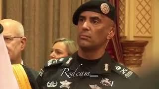 رئيس وزراء ايطاليا يكسر البرتكول في السعوديه امام الملك ليسلم على عادل الجبير