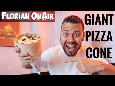 BUZZ : Une PIZZA GEANTE en forme de CONE! - DEGUSTATION - VLOG #627 thumbnail