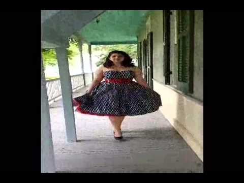 Rockabilly Clothing – Blue Polka Dot Swing Dress