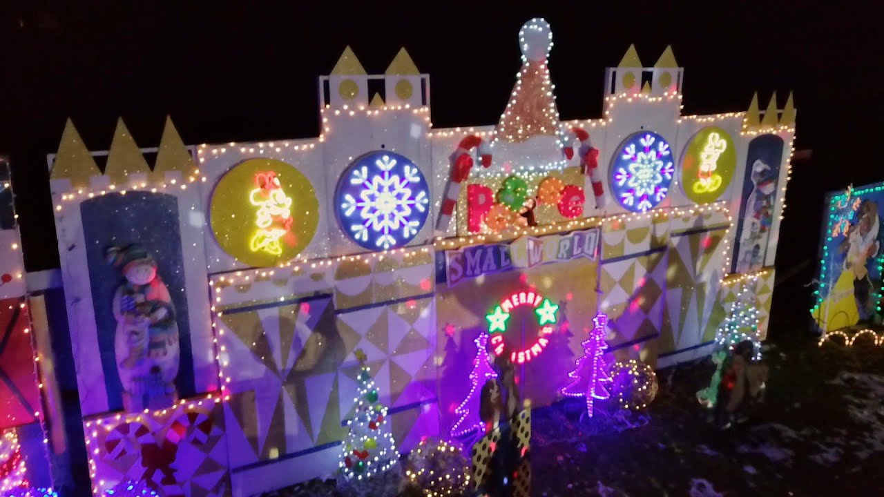 Christmas Lights Fight 2020 Murphy Family Wows with 75 Handcrafted Scenes   The Great