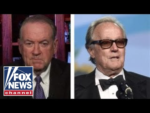 Mike Huckabee: Peter Fonda ought to be in jail