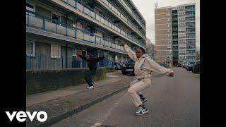 Смотреть клип Sons Of Kemet Ft. Kojey Radical - Hustle