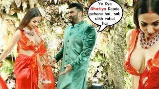 Arjun Kapoor F!GHTS With Wife Malaika Arora For Wearing 0PEN Blouse At Armaan Jain Reception