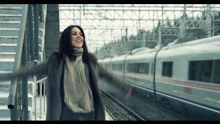 Надя Ручка Feat. Блестящие - С кем Новый год встретишь...(Lyric Video)
