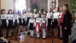 Концерт до Дня УПА.Віночок українських пісень.