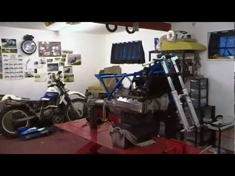 BSK SpeedWorks -BMW K100 Cafe Racer Custom Build- Time-Lapse - Part 1