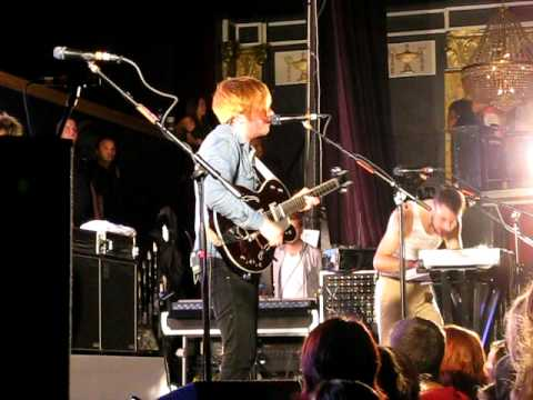 Two Door Cinema Club – This Is The Room (Live in Boston, September 2011)