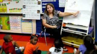 Kindergarten Writer's Workshop mini-lesson A. Mueller.avi